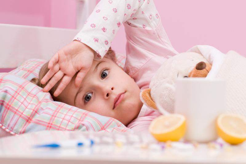 Как лечить ребенка от кашля и насморка 11 месяцев