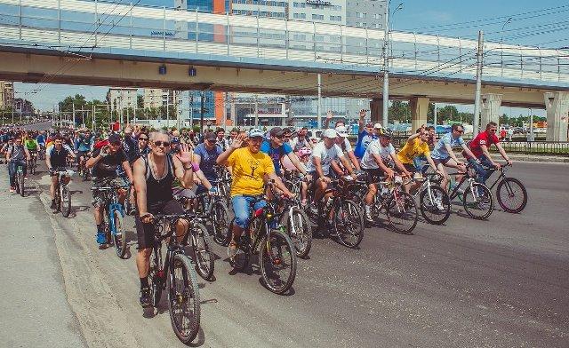 ВВолгограде из700 участников велопарада выбирали самый уникальный велолук