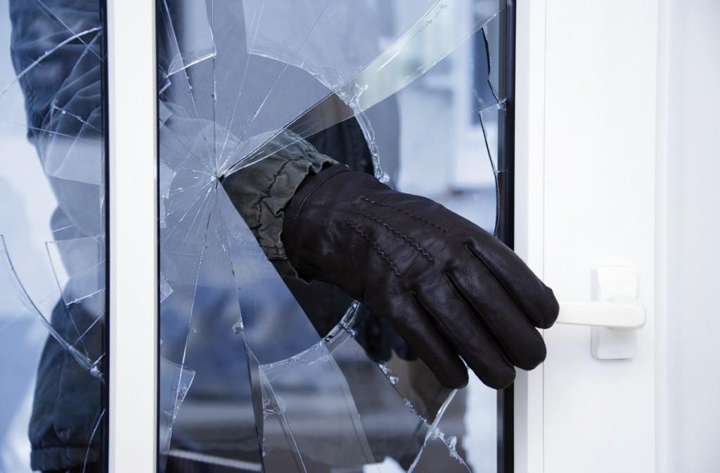Шесть лет тюрьмы угрожает 28-летнему волгоградцу заограбление квартиры