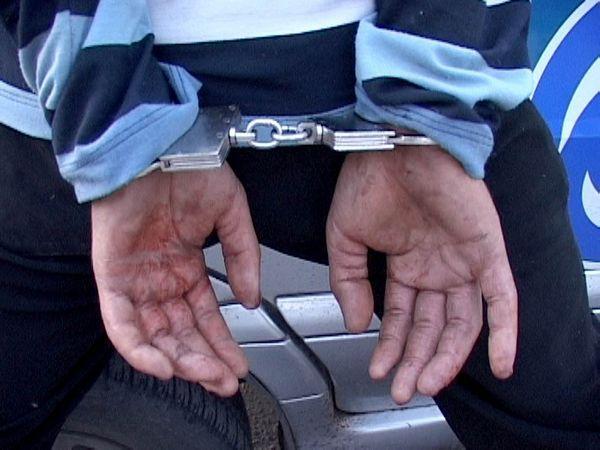 Пьяные угонщики несмогли отыскать «нужный» автомобиль на стоянке вКамышине