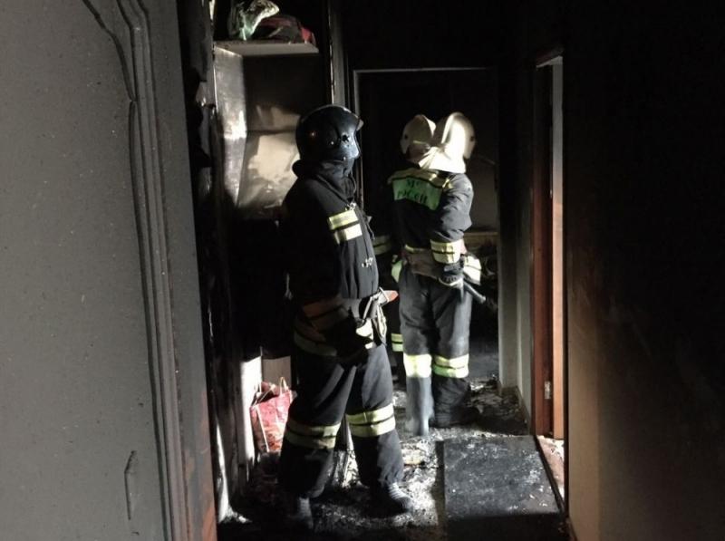 ВВолгограде пожарные спасли изгорящих квартир 5 человек, 30 эвакуировали