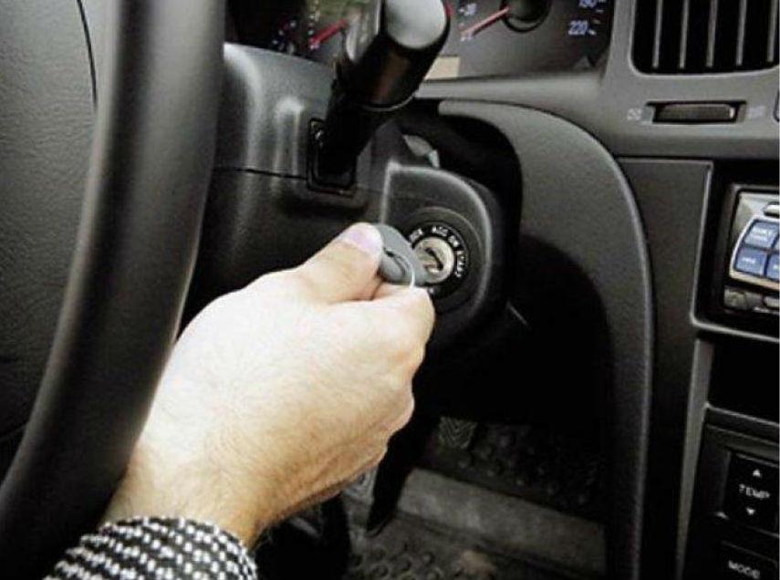 ВВолгограде 36-летний мужчина угнал усожительницы автомобиль